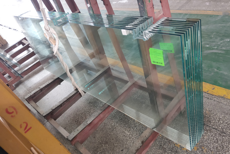 BTG 12mm Extra Clear Tempered Shower Glass Project in US