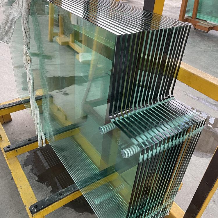 BTG Glass-Irregular Railing Glass