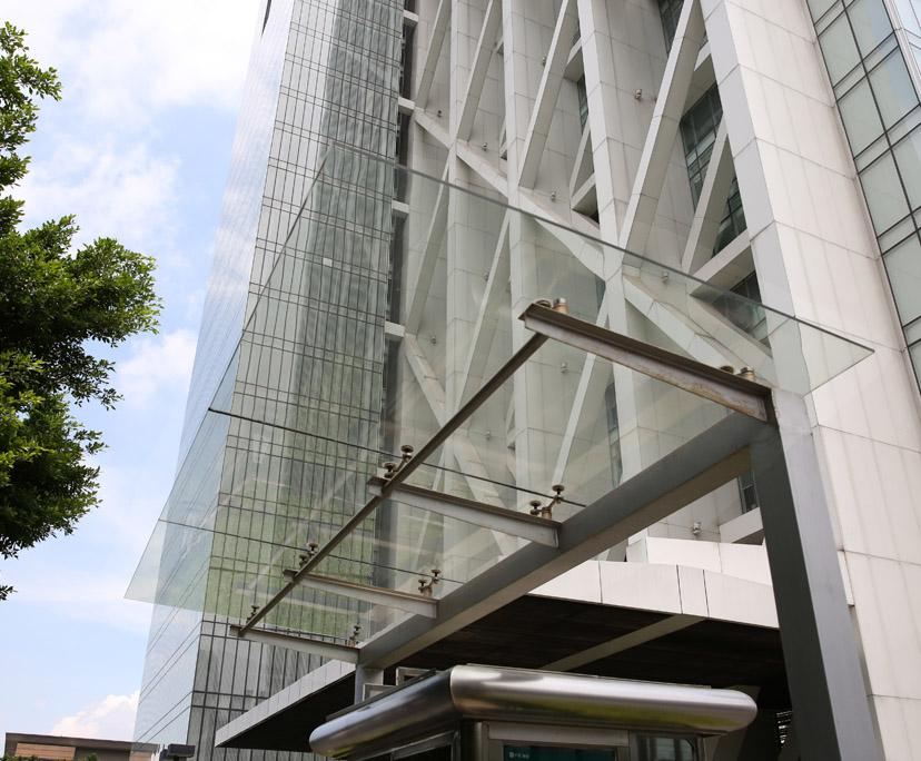 BTG supplier UV proof tempered canopy glass