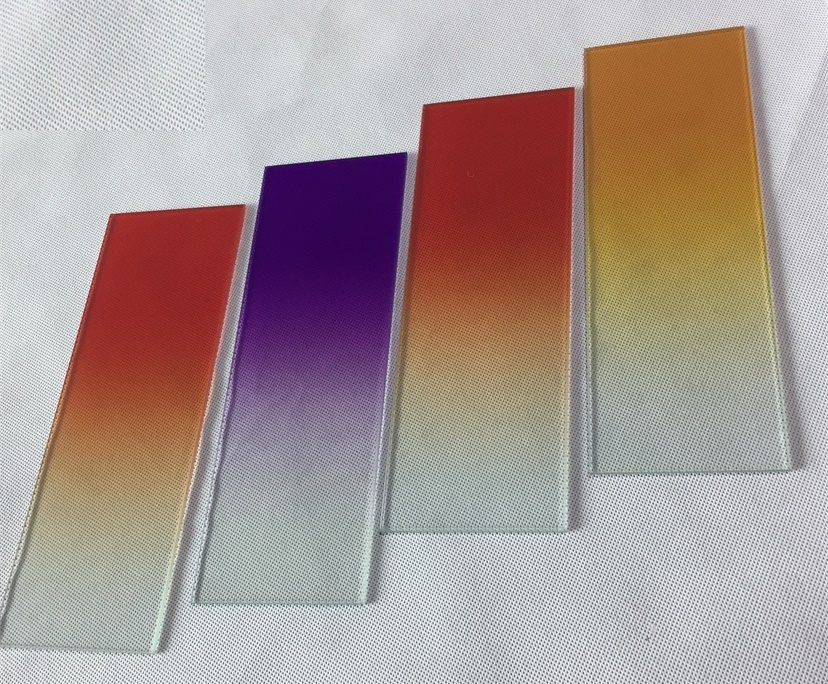 BTG 11.52mm colored gradient tempered laminated glass