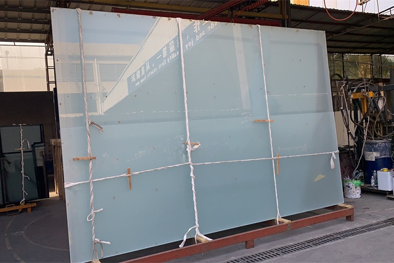 BTG oversize laminated insulated curtain wall glass for project in Vietnam